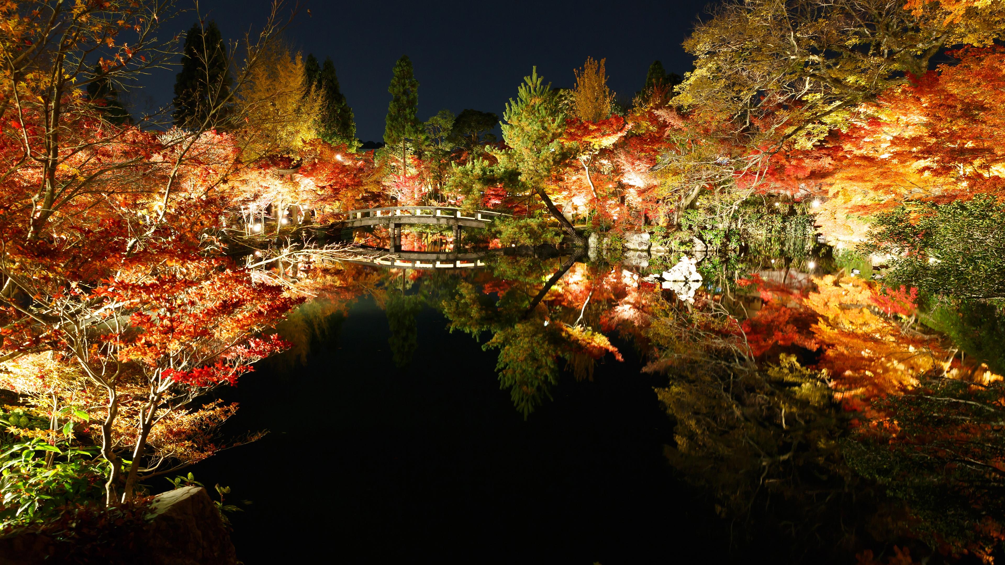 2012年に撮影した紅葉の京都壁紙その6です。